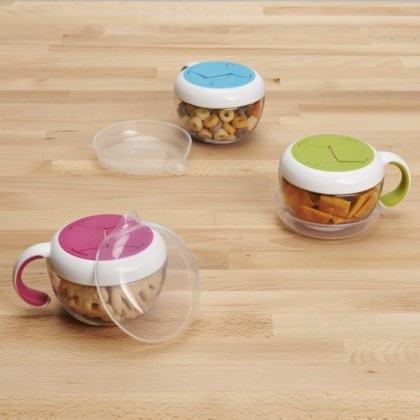 OXO Tot - Flippy Snack Cup with Travel Cover